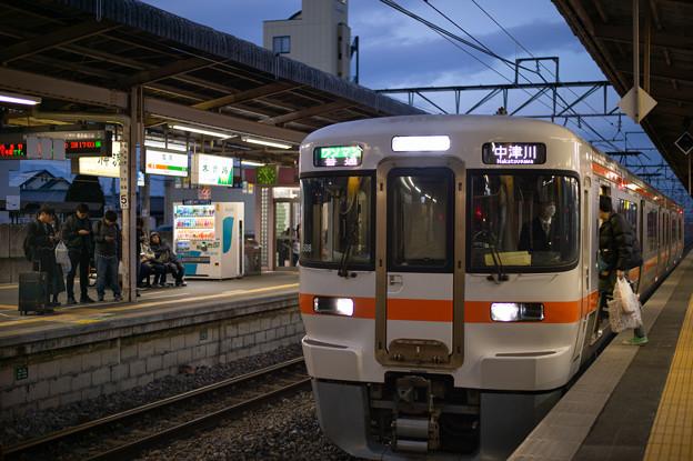 003857_20191229_JR塩尻