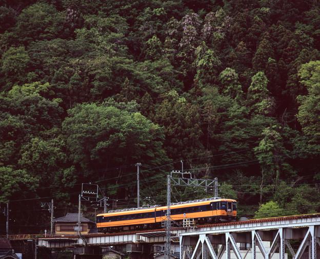 001295_20160501_近畿日本鉄道_大和上市-吉野神宮