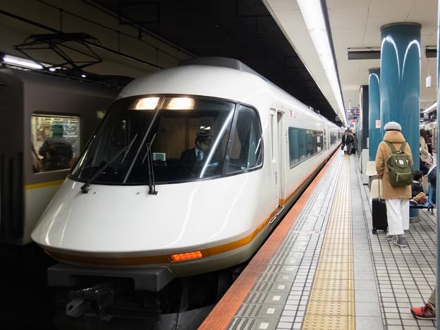 002178_20171202_阪神電気鉄道_大阪難波