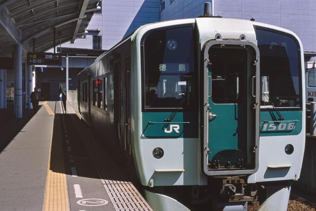 002490_20180317_JR高松