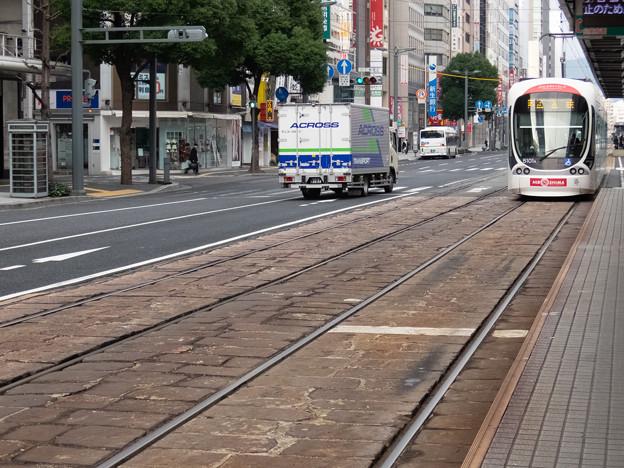 002865_20181223_広島電鉄_八丁堀