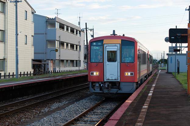 004497_20200810_JR西富山