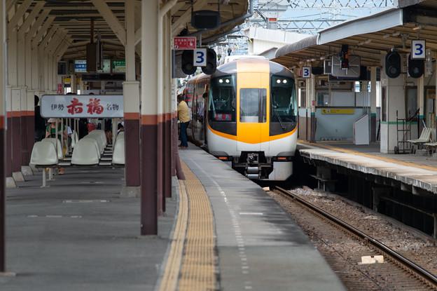 004897_20200919_近畿日本鉄道_伊勢中川