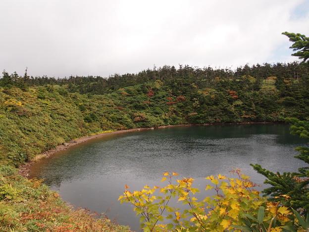 八幡平山頂遊歩道 鏡池