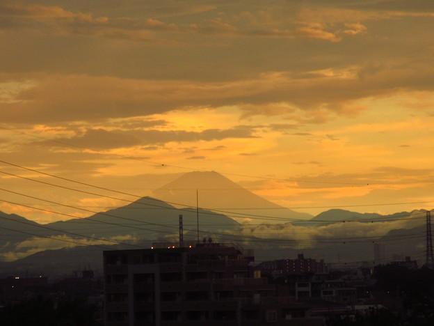 Photos: 夏富士の夕暮れ