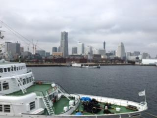 横浜 大さん橋より