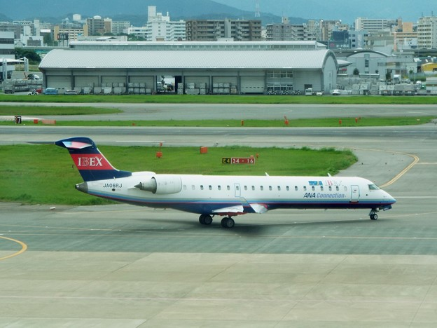 1703CRJ700JA06RJ福岡160917