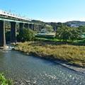 鉄橋を渡る