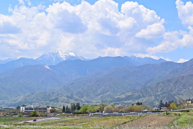Photos: 新緑の山々