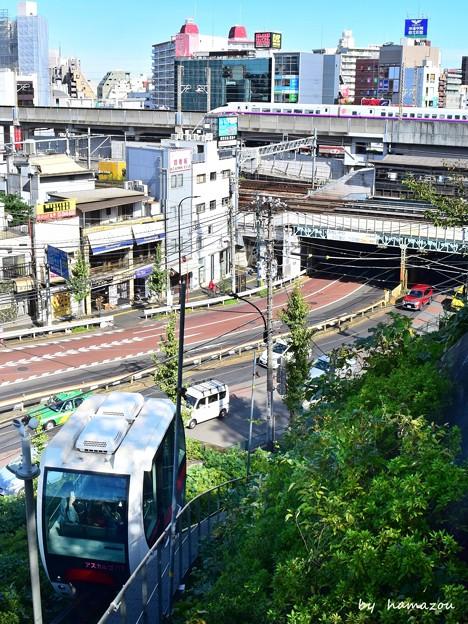 Photos: 新幹線とアスカルゴ