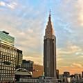黄昏前の新宿摩天楼