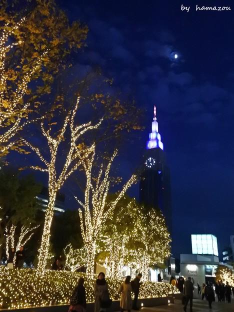 Photos: 月夜の摩天楼