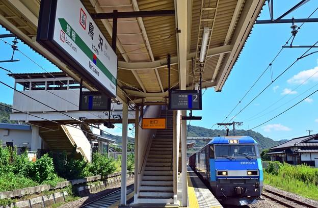 2番線列車通過