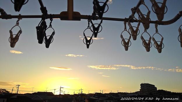 Photos: ベランダの朝陽