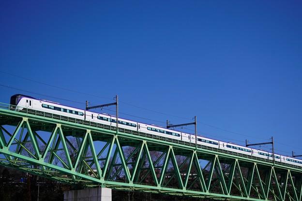 Photos: 初対面のE353系@新桂川橋梁