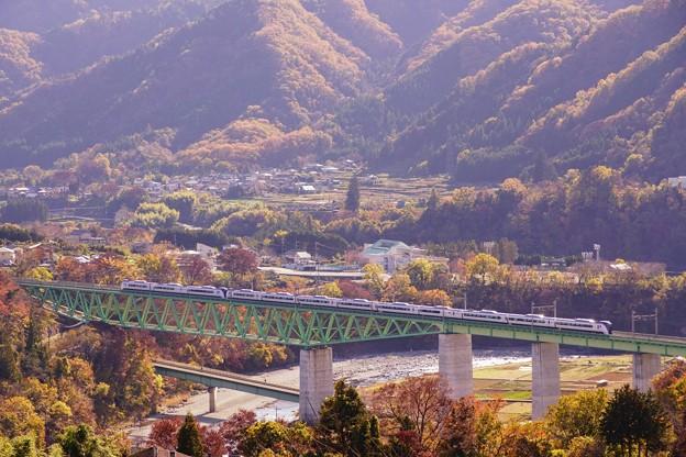E353系スーパーあずさ@新桂川橋梁俯瞰