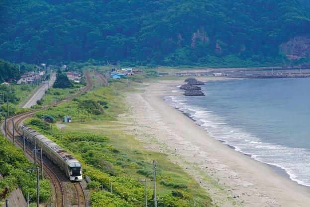 TRAIN SUITE 四季島@カムイチャシ俯瞰