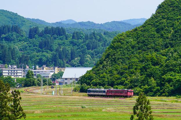只見線小出口キハ40系@入広瀬俯瞰2