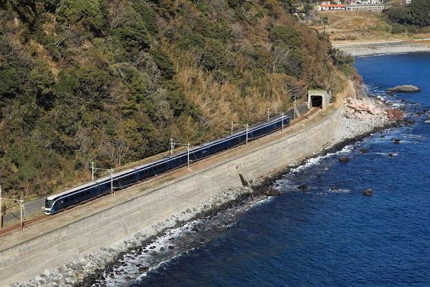 E261系サフィール踊り子1号@稲取俯瞰