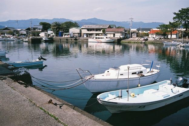 出羽島の港