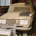写真: コロナ ハッチバックの廃車体