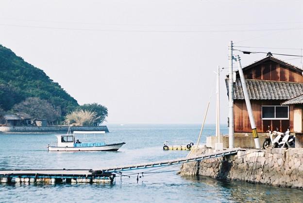 小江の渡船場