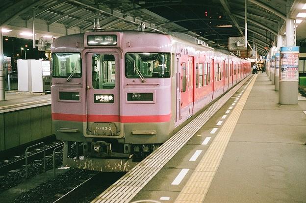 113系の伊予西条行き普通列車