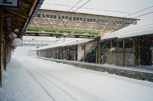 雪の大館駅