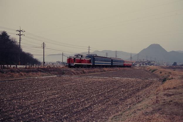 Photos: キハ702を連結した「ブルートレイン」