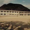 龍野小学校と鶏籠山