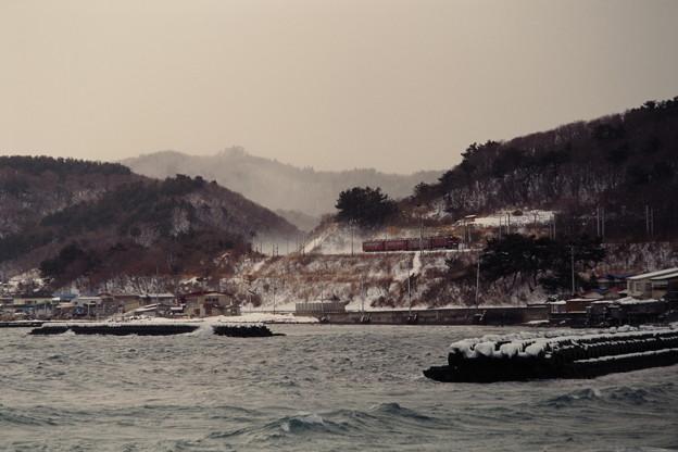 冬の陸奥湾(531レ)