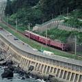 釜磯海水浴場と6834レ