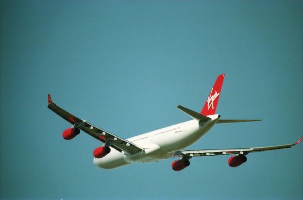 Photos: ヴァージンアトランティック航空のエアバスA340