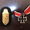 Photos: エスアンドグラフのシールド章のナルビック・金の台布の黒色と騎士鉄十字章