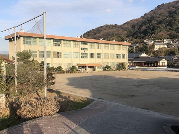 旧蒲刈町立大浦小学校