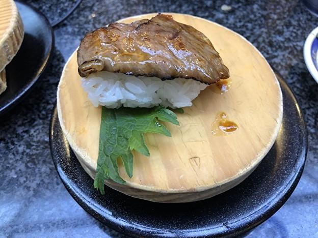 おんまく寿司の和牛炙りの寿司