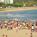 写真: 中国のハワイ 海南島で海水浴~~ (2)
