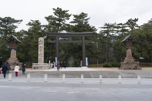 18鳥取・島根旅行【出雲大社:二の鳥居付近】