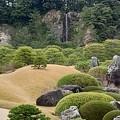 17足立美術館 亀鶴の滝