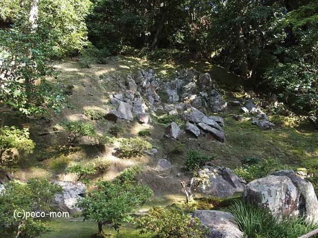 銀閣寺 漱蘚亭跡付近の石組 PA210908