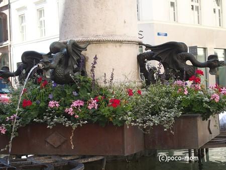 バーゼル マルクト広場 P1010142
