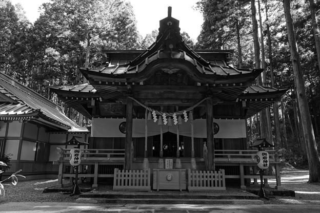 御岩神社 社殿