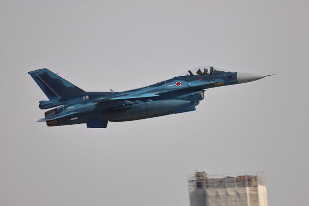 3SQ F-2 Take off