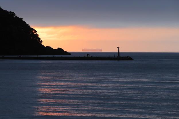 海岸の夕陽