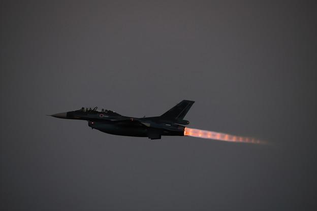 Photos: F-2 ナイト