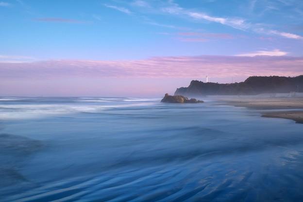 写真: 岩竝は風に鳴るかな