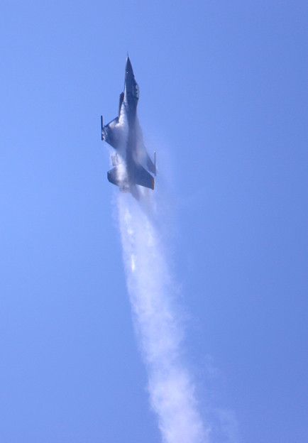 F16-2