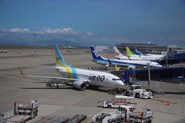 名古屋空港 窓越し撮影