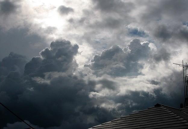 Photos: 不穏な雲