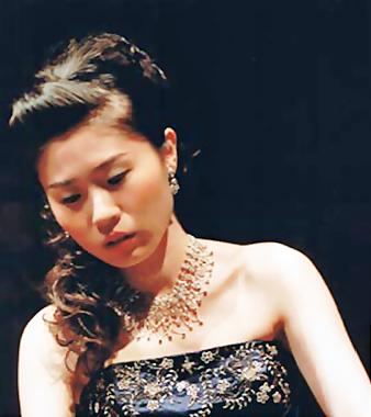 久住綾子 くすみりょうこ ピアノ奏者 ピアニスト コレペティトール  Ryoko Kusumi